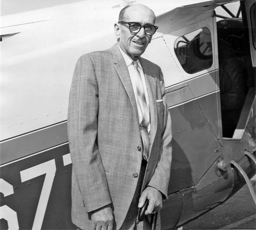 Howard standing beside a DGA-15